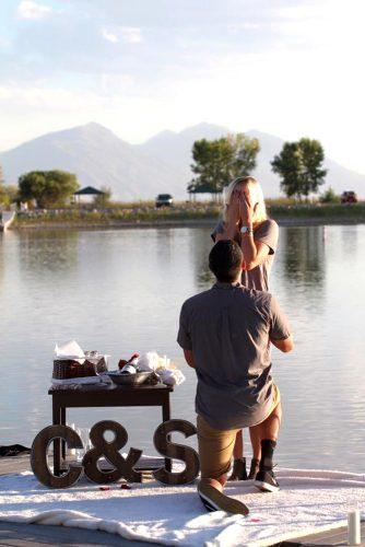 romantic outdoor proposal ideas 2