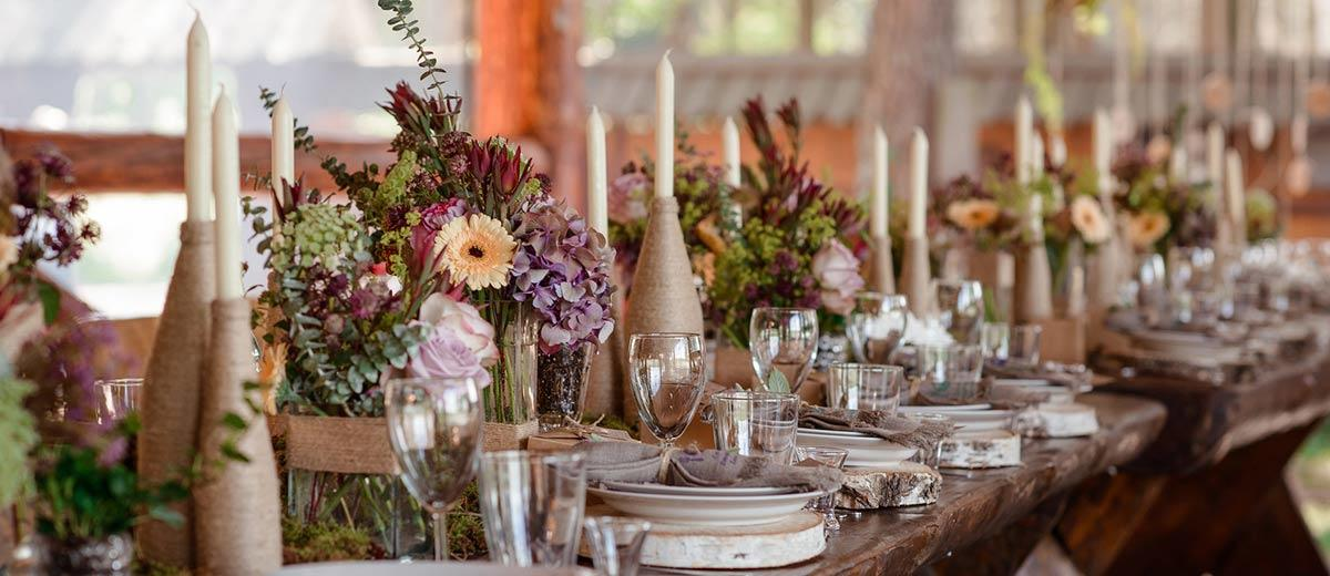 36 rustic wedding decor for country ceremony wedding forward rustic wedding decor featured junglespirit