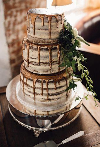 rustic wedding rustic cake with gold samueldockerphotography