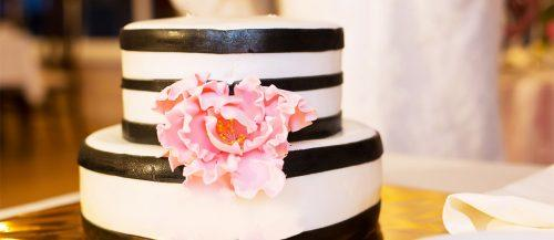 black and white wedding cakes featured