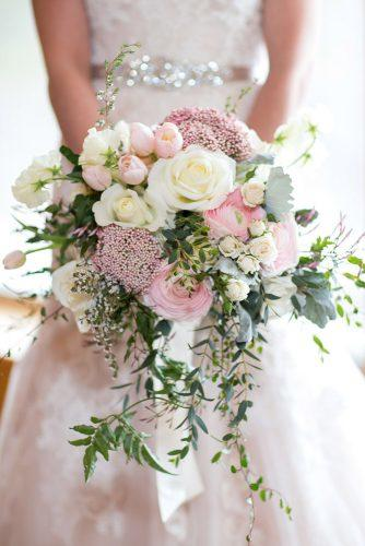 green сascading wedding bouquets 1