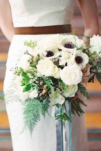 popular-wedding-flowers-anemones-as-a-bridal-bouquet-landon-jacob