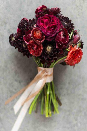 popular-wedding-flowers-cute-ranunculus-for-wedding-bouquet-leila-brewster-photography