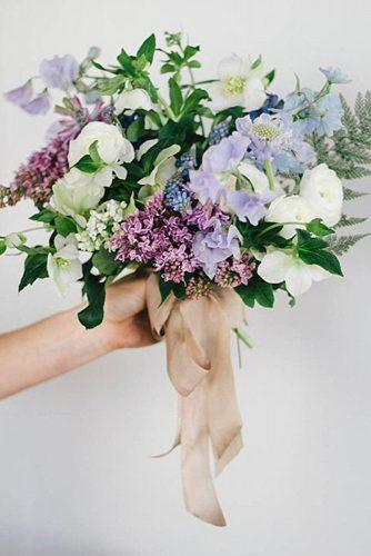 popular-wedding-flowers-small-bridal-bouquet-of-sweet-peas-kate-osborne