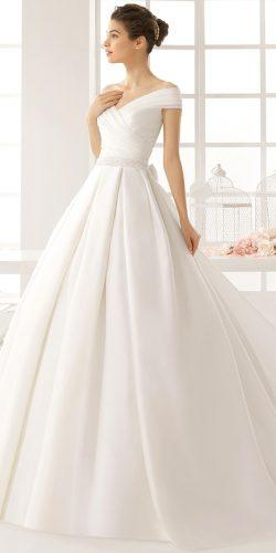 wedding dresses in the style of angelina jolie 4