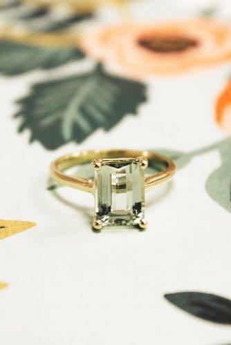emerald cut solitare engagement rings