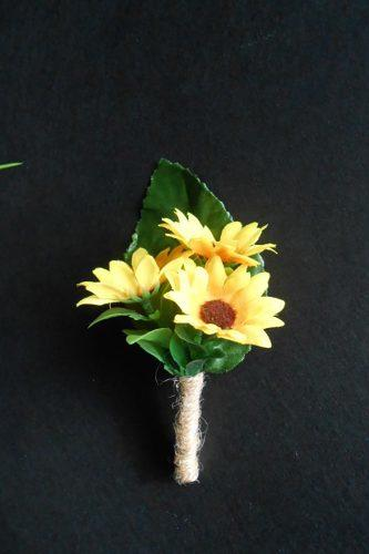 sunflower wedding boutonniere small flowerd green leaf decor ideas foryourrusticwedding