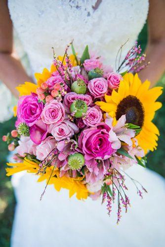 sunflower wedding decor ideas bouquet with rose tannawhite
