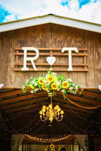 sunflower wedding decor ideas sunflower entrance ashleehamon