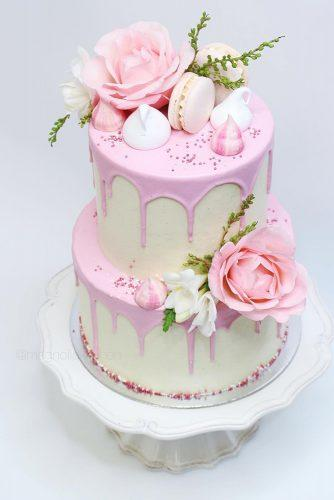 drip wedding cakes tender soft pink wit flowers and macaroons magnoliakitchen