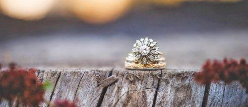 30 Outstanding Floral Engagement Rings