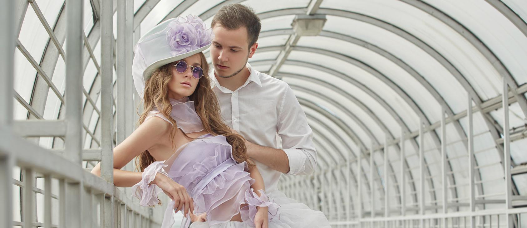 24 Incredible Wedding Hats That Make You Unique
