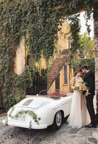 wedding photographers white wedding car josevilla