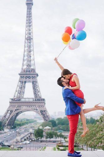 cute and touching Paris marriage proposal