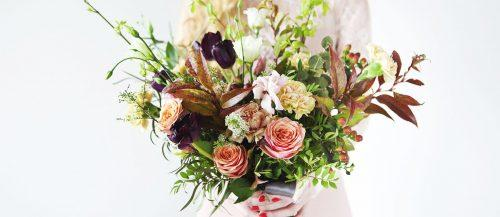 gorgeous summer wedding bouquets featured