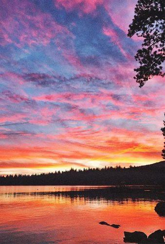 honeymoon destinations in us sunset on lake renotahoe