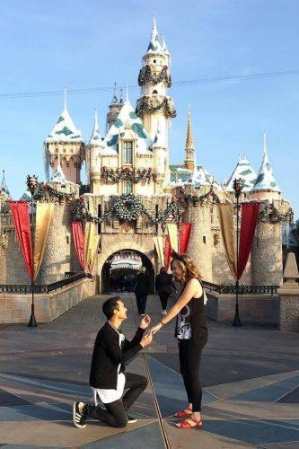 marriage proposal disneyland romantic proposal