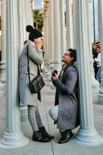 marriage proposal touching piblic idea