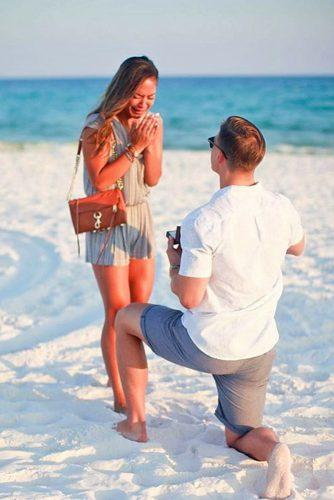 marriage proposals on the beach