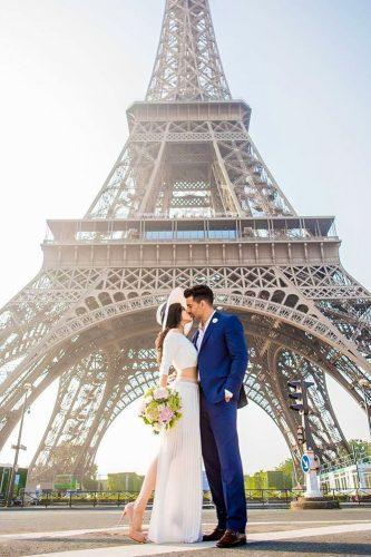 marrige proposal near eiffel tower