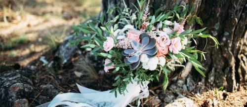 spring wedding bouquets featured