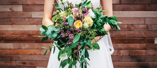 green wedding florals featured