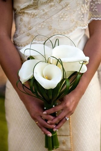 wedding bouquet ideas chic and stylish lilias wedding bouquet