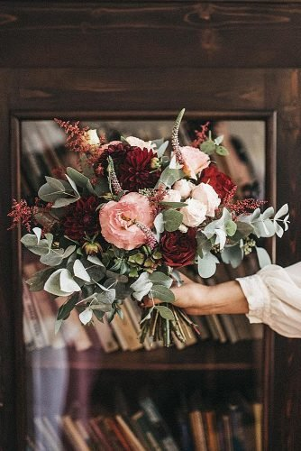 wedding bouquet ideas eucaliptus dahlia bouquet rose gold and marsala