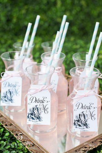 disney wedding decor idea-glasses-5ive 15ifteen photo company