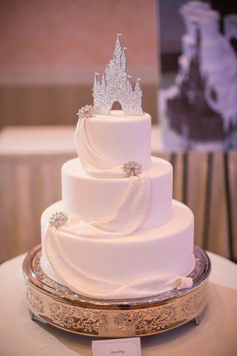 disney wedding white cake with castle disneyweddings