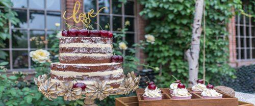 italian wedding cake featured