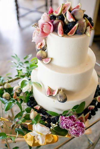 italian wedding cakes chocolate wedding cake with mulberry guava and white rose peonies the nichols