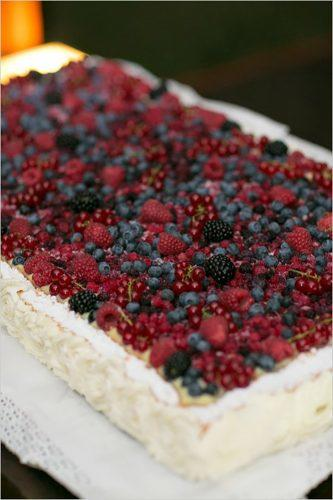 italian wedding cakes traditional italian cake with berries lauren michelle
