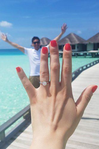 wedding proposal ideas ring selfy on the island