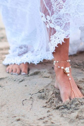 beach wedding shoes with pearls baresandals