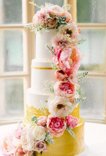 beautiful wedding cakes big flower casacade christakimblephoto