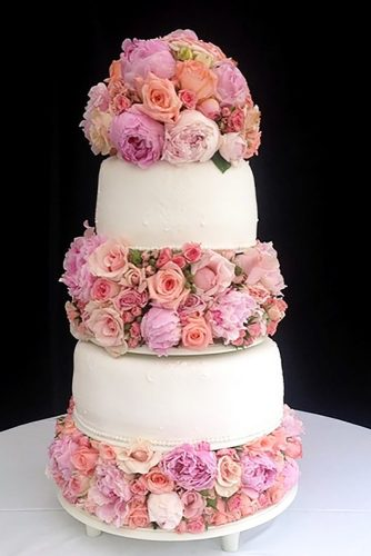 beautiful wedding cakes rose cake moirapatissiere