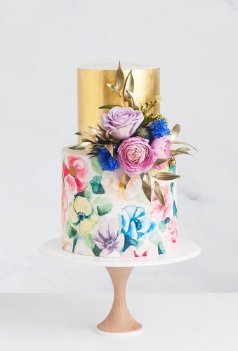 beautiful wedding cakes watercolor cake with gold cake ink