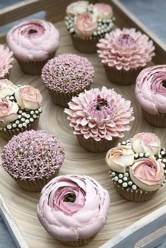 chocolate wedding cupcake pastel cupcakes flowers