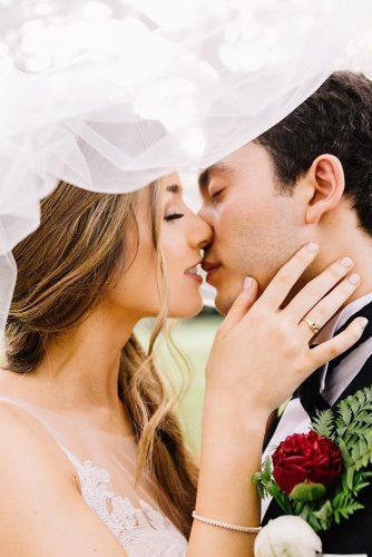 creative wedding kiss photos bride and groom under the veil sara bee photography