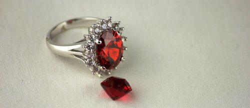 ruby engagement rings featured