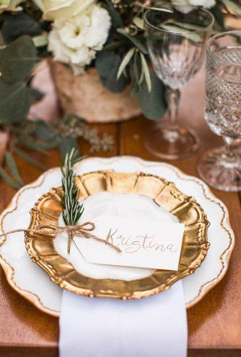 shabby chic vintage wedding decor ideas gold plate fernandbone