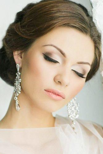 wedding makeup romantic make updo earings el stile