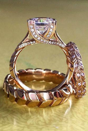 wedding rings rose gold round cut diamond with stunning details