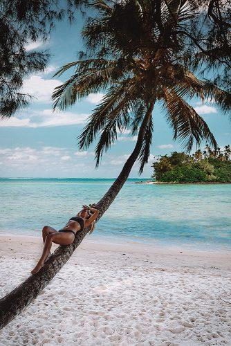 affordable honeymoon packages cook islands girl on the palm