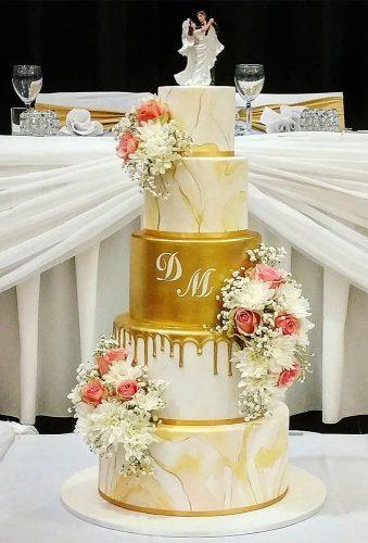 colored wedding cakes white cake with gold cakesofyourdreams