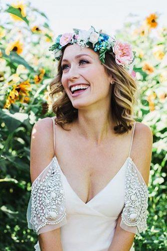 easy wedding hairstyles with flower crown lovesparklepretty