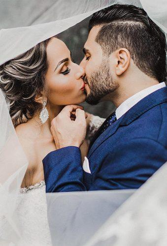 must have wedding photos kiss under veil juliebulanov