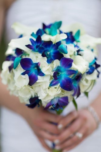 silk wedding bouquets deep navy brideinbloomweddings via instagram