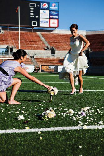 funny wedding pictures bride is a footballer atelier pictures
